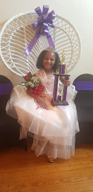 Crowder Crowned Little Miss HOLLA!